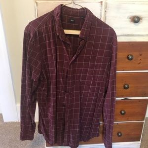 Uniqlo Red Plaid Mens Button Up